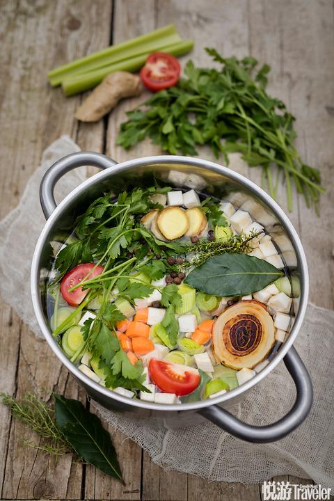 亚洲风味杂蔬汤