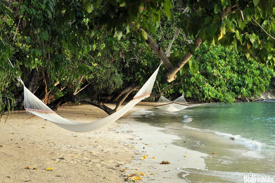 """受上天眷顧,婆羅洲島北部的沙巴恰好與每年肆虐的臺風擦身而過。加亞島的日出、烤椰子的""""異香""""、馬達京..."""
