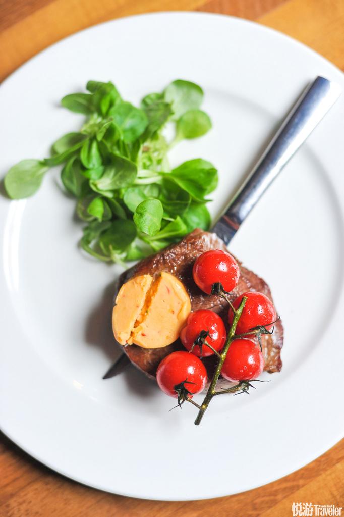 煎牛排,番茄,蔬菜