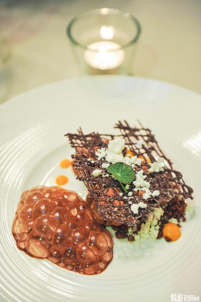 餐后甜点,泡沫巧克力