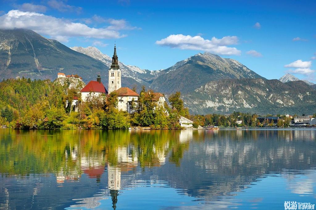 斯洛文尼亚布莱德位在斯洛文尼亚的度假小镇布莱德以其令人叹为观止的美景闻名,被翠绿色湖泊给包围的城镇...