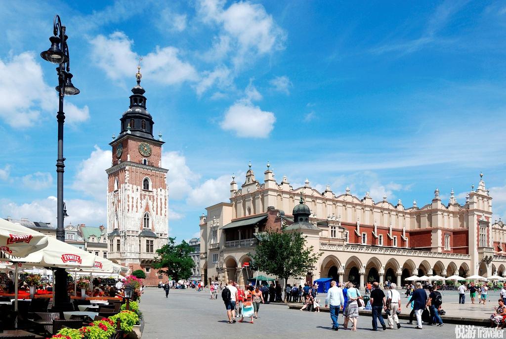 旅游波兰不见得一定要到华沙,但是绝不能错过克拉科夫。在文艺复兴时期,克拉科夫是欧洲东部最繁荣、最强...