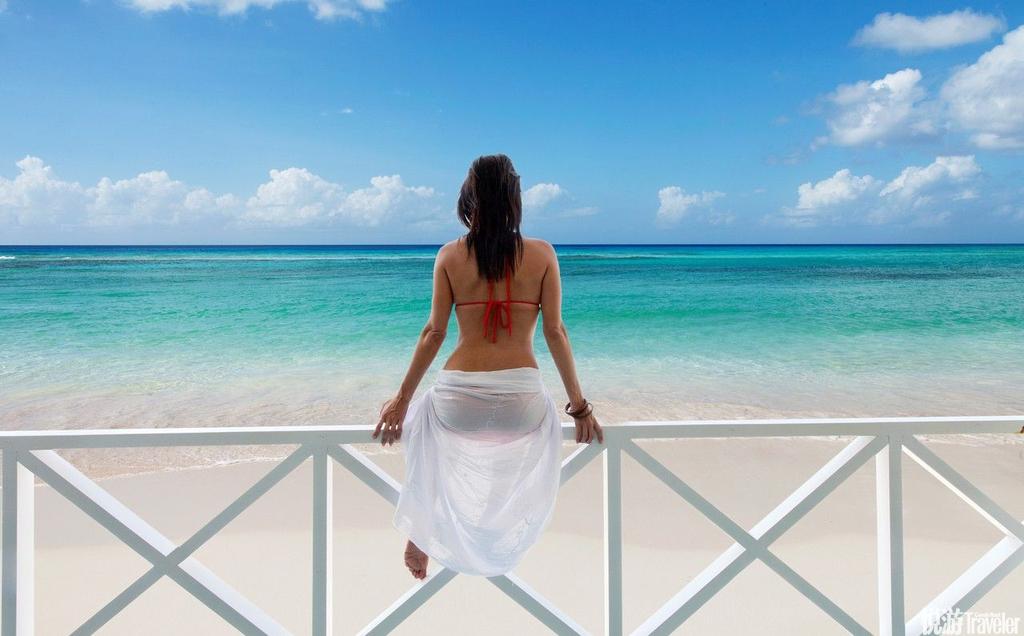 温暖湿润的气候、漫长的海岸线、柔软洁白的沙滩和数不完的海滨酒吧,也让这里成为加勒比海著名的旅游度假...