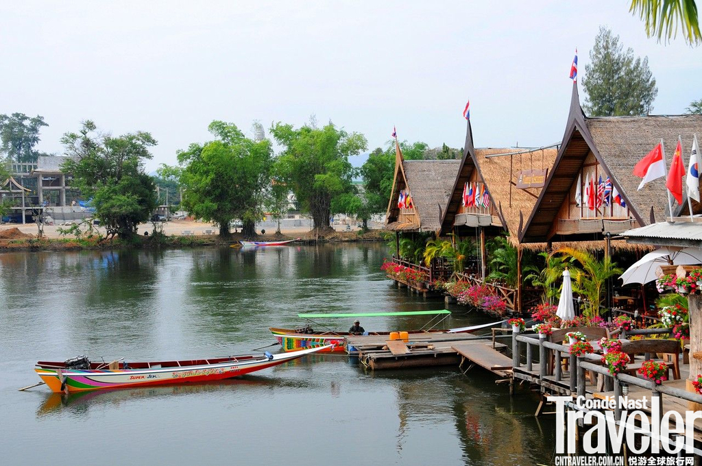 北碧府(Kanchanaburi)北碧府被誉为泰国最美丽的省府之一,自然风光之美,自不在话下,寻一间临河的小屋...