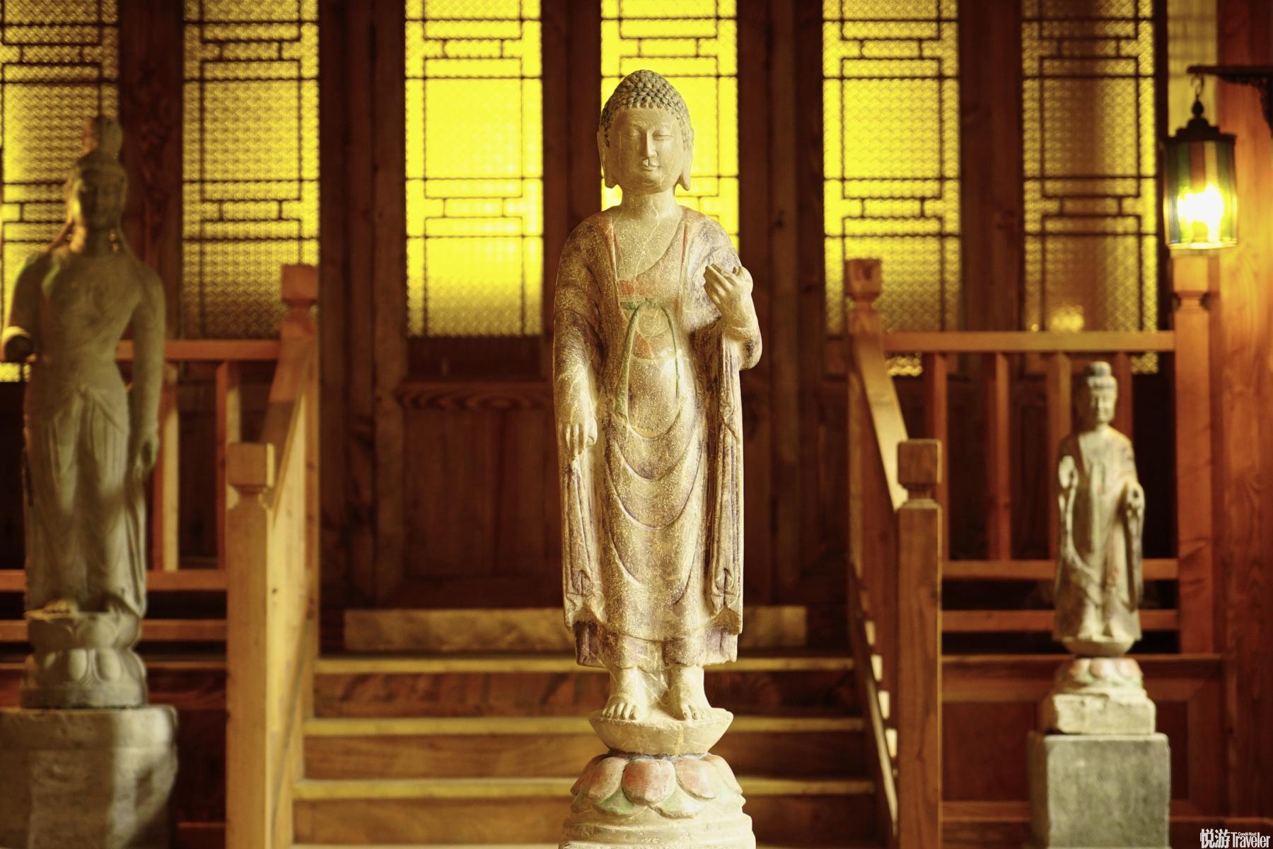你想要的平和宁静,是松赞最擅长的事情 松赞丽江林卡营造的氛围,自然的把你带入平和,一切将会慢下来。