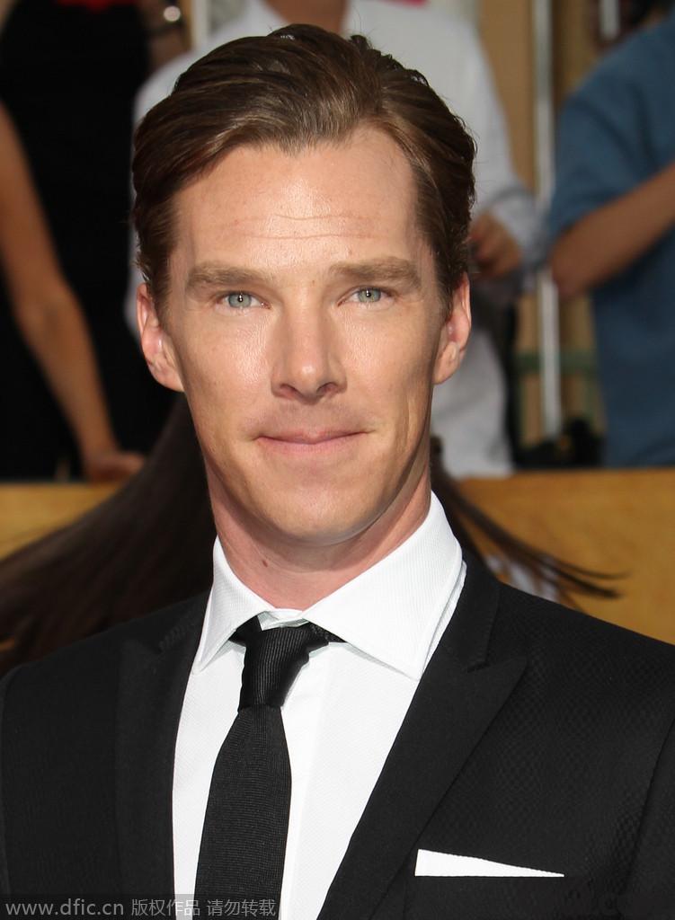 """英剧《神探夏洛克》让我们记住了个性古怪却该死得有魅力的""""卷福"""",总有些外来剧爆出让我们垂涎三尺的外国帅哥。"""