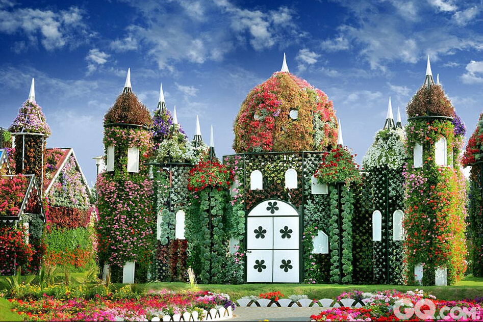 迪拜建世界最大花园奇迹花园...
