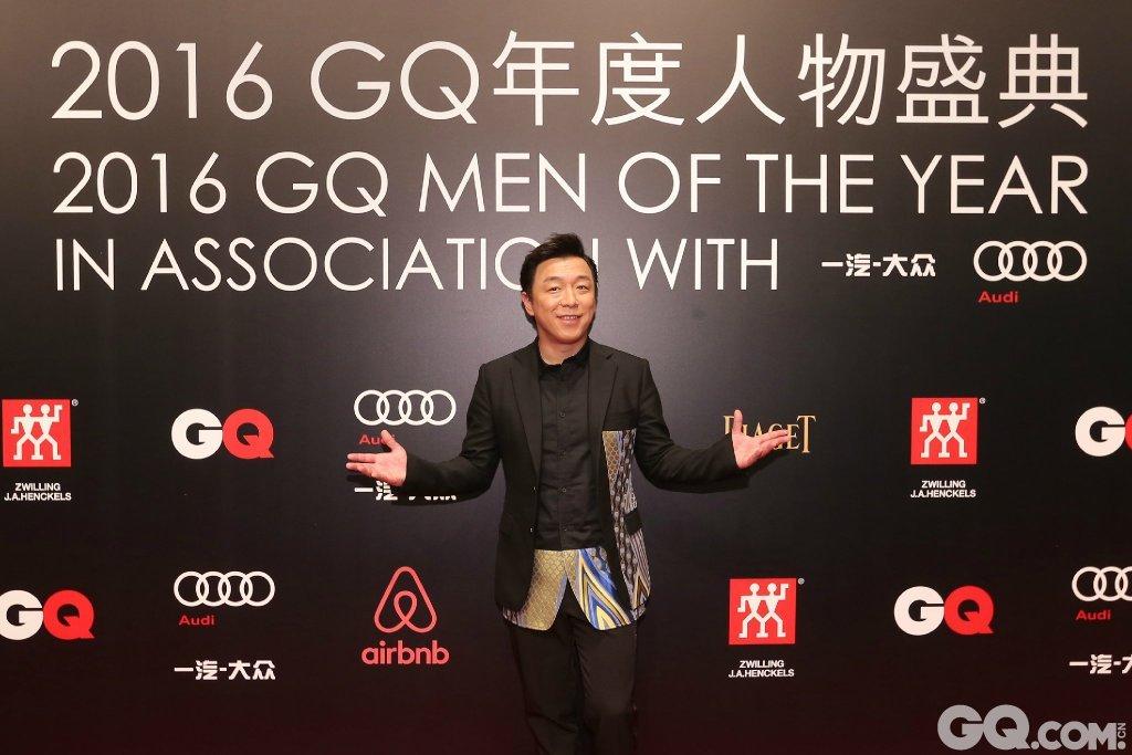 黄渤出席2016GQ年度人物盛典。
