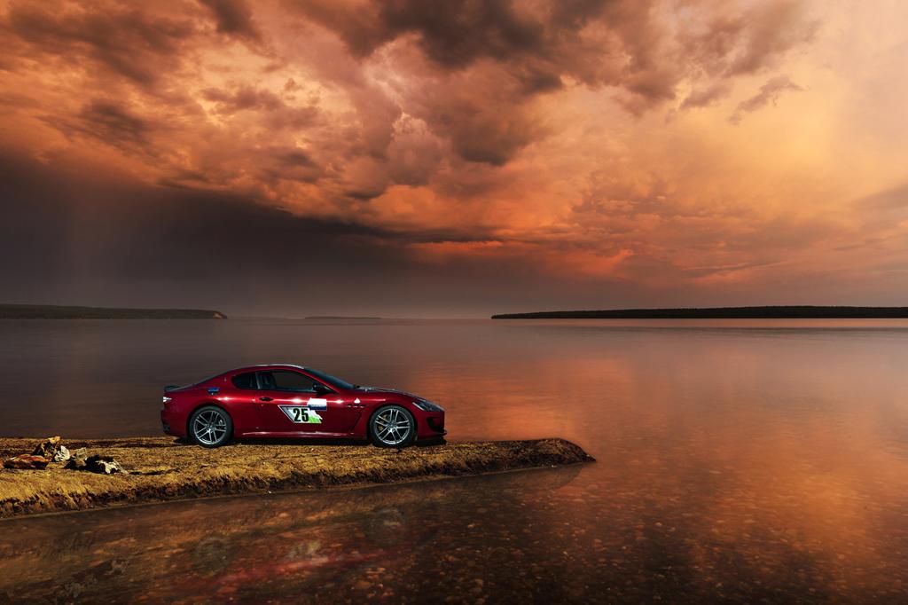 """作为品牌标志性活动之一,""""玛莎拉蒂1000""""云南拉力让驾驶回归最纯正本源的乐趣,在壮丽的山水间征服道路,赋予旅途不一样的感受与意义。"""