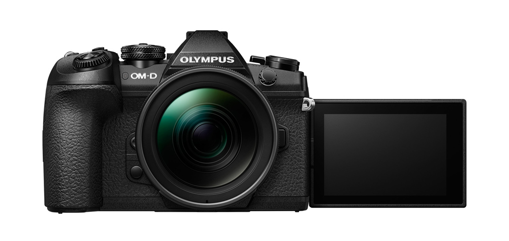 NO.2连拍 连拍作为相机的重要指标,是专业人士评价相机,消费者选择相机的重要考虑的功能,同时连拍也能充分的体现相机的速度。E-M1 Mark ii具有各种连拍的功能,例如:高速连拍、低速连拍、防抖低速连拍、静音连拍等,不同拍摄功能的拍摄速度不同。连续拍摄的速度是每秒 15 张;低速连续拍摄为每秒 10 张;防抖低速连续拍摄为每秒 8.5 张;静音高速连续拍摄为每秒 60 张;高速专业抓拍约每秒 60 帧;低速专业抓拍约每秒 18 帧。从这些数据就可以看出速度确实不容小觑。