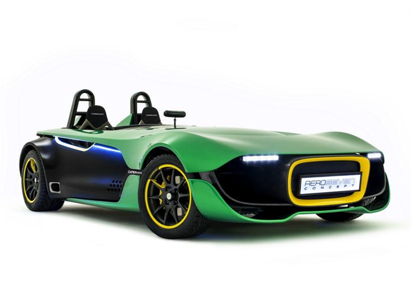 作为少有的卡特汉姆概念车型,这辆AeroSeven Concept的造型可谓是绝对的目光收集者。类似钢铁侠一样的拟人化前脸造型搭配上绿色漆面,让人不禁联想起绿灯侠这位超级英雄。