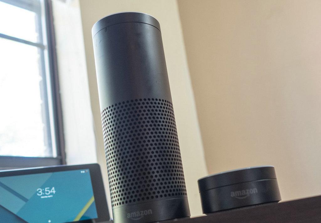 "NO.5 在亚马逊所有的产品中,Amazon Echo无疑是家族的""多面手""。无论是功能方面,还是智能服务方面,或是针对这些技能定的价位,都会让消费者感受到物美价廉的诚意。"