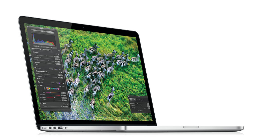 NO.2苹果MacBook Pro 手机有两个主要的系统,分别是iOS和Android,笔记本也有主要的两个,就是Windows和苹果系统,如果你不喜欢Windows,就可以选择苹果MacBook Pro,它是苹果MacBook系列中最均衡的一款。MacBook Pro拥有出色的外形,配置也在基本水平之上。