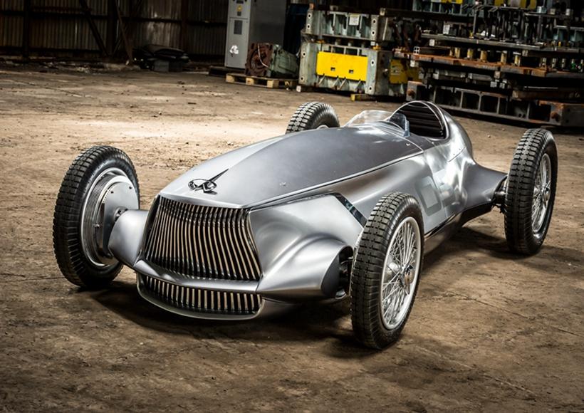 但是,尽管在车身设计上这辆Prototype 9走的古典风格,它的动力系统依然是采用了时下十分环保的电动系统。而一定程度上的与时俱进,绝对是车企虚心接受的最佳体现。