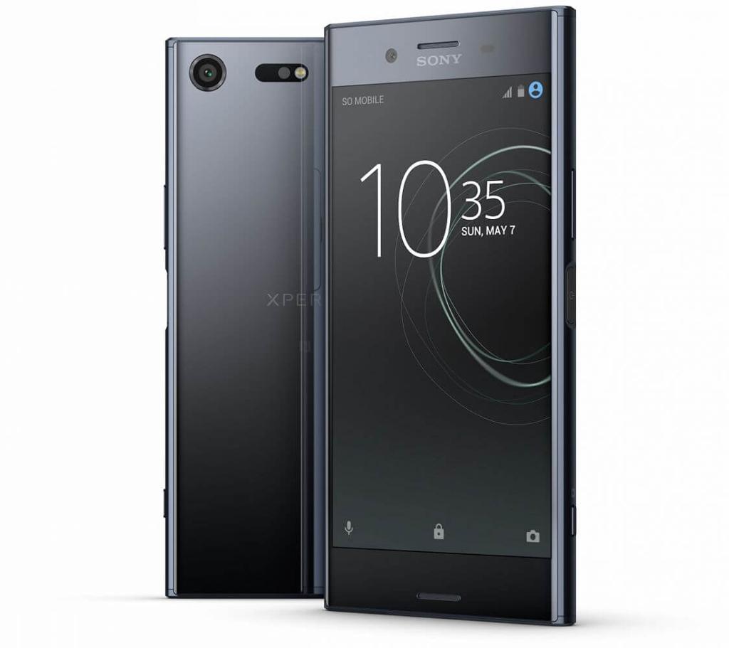"NO.2索尼""小""运存 现在的智能手机具有大的内存设计,随便就是16GB、64GB,还有128GB的,但是在这种大内存手机的风潮中,索尼却固执的坚守着他的""小""运存。从Xperia Z3开始到Xperia Z5,连续几代的旗舰手机,使用的都是3GB的运行内存,所以也遭到很多网友的吐槽,可能也是被吐槽久啦,最近才有了""4GB""的,不过还是和现有的有很大的差距。在外观上索尼也一直坚持自我,方正、棱角分明的设计也很有辨识度,慢慢都是日系风格。"