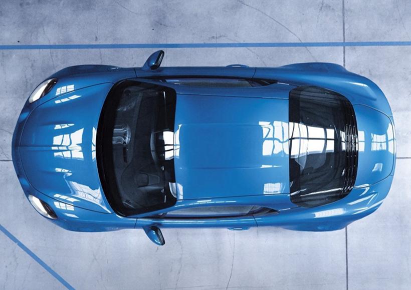 Alpine是雷诺旗下的一个极具运动性的品牌,从上世纪60年代推出到90年代淡出市场,其曾推出过多款经典跑车,并斩获过勒芒耐力赛冠军。