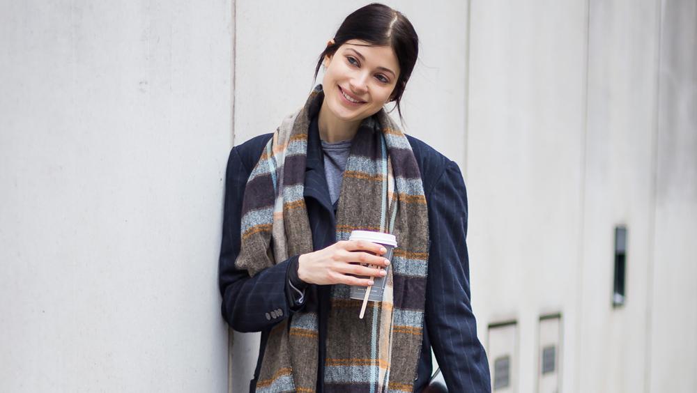一条围巾 围住女人的安全感与时髦