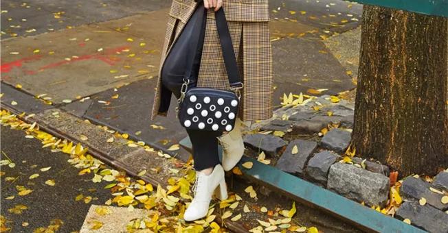 秋冬和大衣最配的是哪双鞋?是短靴