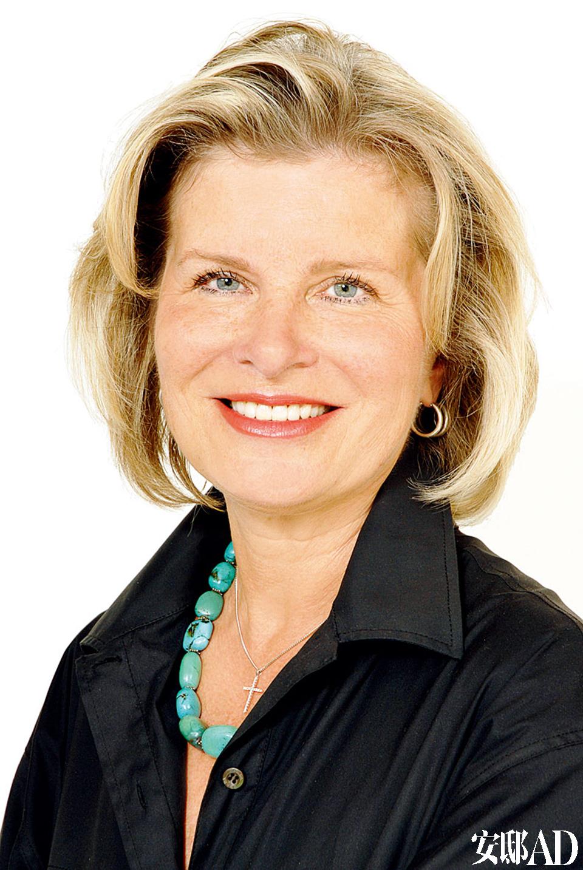 Marie-Helene Lundgreen女士,佳士得国际地产在巴黎的独家合作方FEAU菲奥集团的国际部总监。