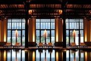 富春山居 Fuchun Resort HangZhou:酒店灵感源于黄公望的名画《富春山居图》,南宋风格的酒店建筑群由群...