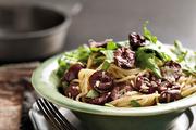 黑橄榄芝麻菜沙拉拌细意面