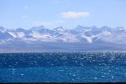 纳木措位于西藏自治区中部,是西藏第二大湖泊,也是中国第二大的咸水湖。湖面海拔4718米,形状近似长方形...