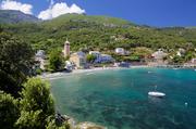 科西嘉岛地处地中海海岸线的黄金位置,有着美丽的沙滩,起伏的群山,崎岖的峡谷,以及休憩在密林间的一座...
