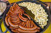 波兰香肠波兰人很爱吃香肠。其实也不奇怪,因为波兰的香肠被全世界爱吃香肠人作为最高级的食物。波兰香肠...