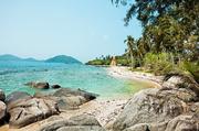 泰国:泰国作为一个度假天堂,景色自然不在话下,热闹的普吉岛,美丽的苏梅岛,还有购物天堂曼谷以及邓丽...
