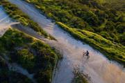 惊艳航拍!20岁小伙走遍50州拍出不一样的美国