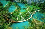 克罗利亚普利特维采湖:早在1979年,这里就已经是世界自然遗产!在这个基本被森林完全覆盖的国家公园内,...