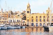 2014年初,马耳他政府正式颁布投资移民法案,允许欧盟外的个人通过个人投资者计划(IIP)投资马耳他居留权...
