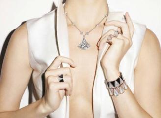 通往时尚珠宝行业的大门,已为你开启