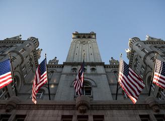 川普耗两亿美金把华盛顿百年邮局变奢华酒店