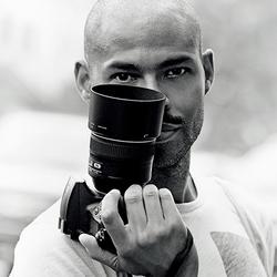 如何穿好土气的短袖衫 街拍摄影师告诉你