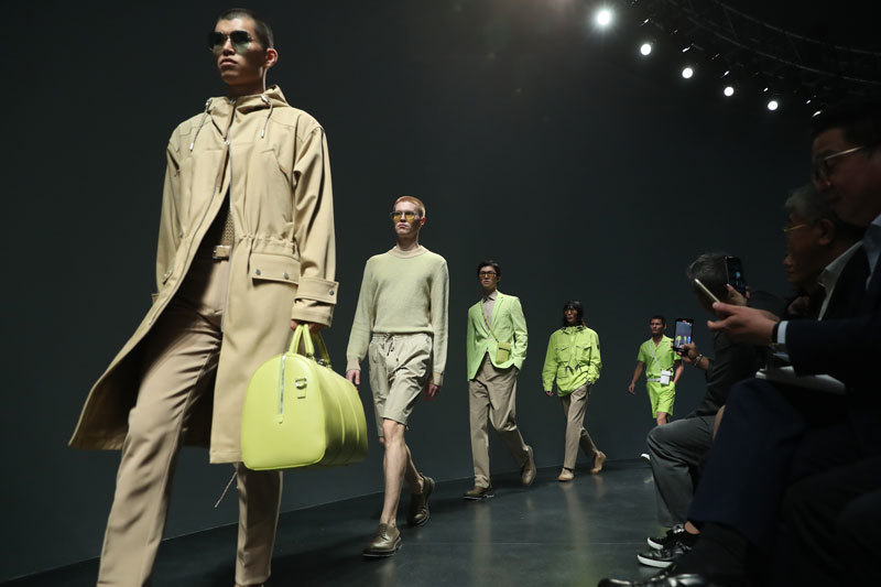 BOSS loves Shanghai:2020早秋系列时装秀于上海发布