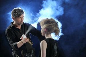 巴黎欧莱雅沙龙专属打造2015春夏潮流音乐派对发型