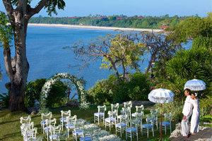 巴厘岛四季?#39057;?#21452;地蜜月婚礼