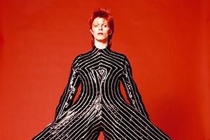 David Bowie 一个人的英国流行史