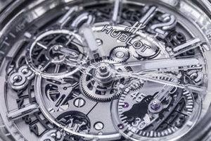2016巴塞尔表展 宇舶全透明腕表