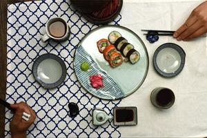 GQ厨房 | 一道为了拯救夏日食欲不振而生的料理
