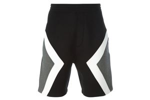 时髦不古怪的极简运动裤