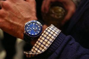 腕表如何试用装?戴在你的手腕上