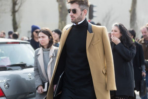 """没什么大衣是""""过时""""的"""