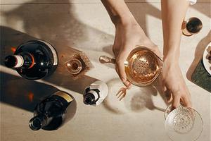天啊,LVMH集团最新推出的电商平台要开始卖酒了