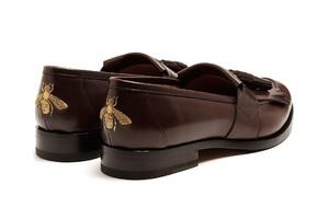 小巧思的蜜蜂刺绣乐福鞋