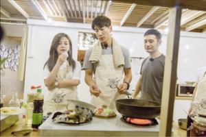 《中餐厅》 积家陪伴赵薇打造异乡中国味