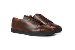 做工精湛的板鞋也能搭配正装