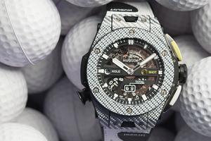 宇舶表发布全球首创高尔夫专业机械腕表