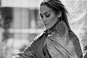 Coach隆重宣布Jennifer Lopez成為新一任全球形象代言人